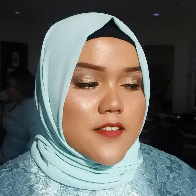 Bridesmaid Make Up by Make Up by Mutiara Fallahdani - 006