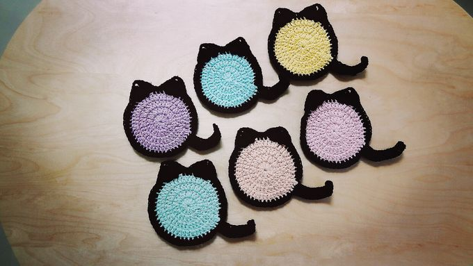 Chic Coaster by Coco's Knit - 015