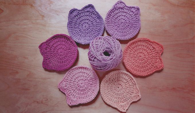 Chic Coaster by Coco's Knit - 018
