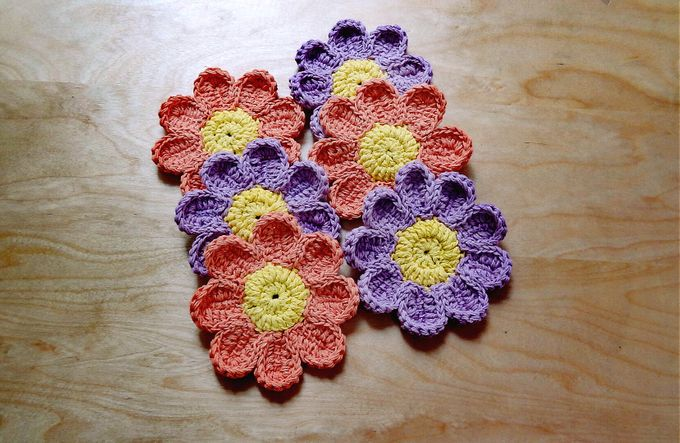 Chic Coaster by Coco's Knit - 021