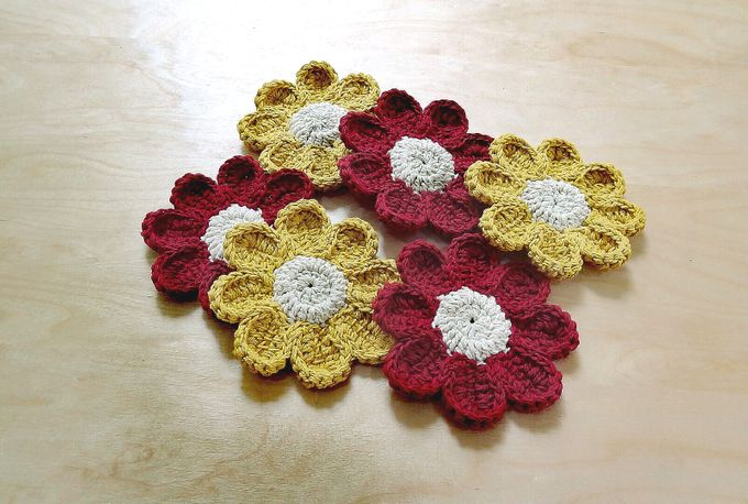 Chic Coaster by Coco's Knit - 016
