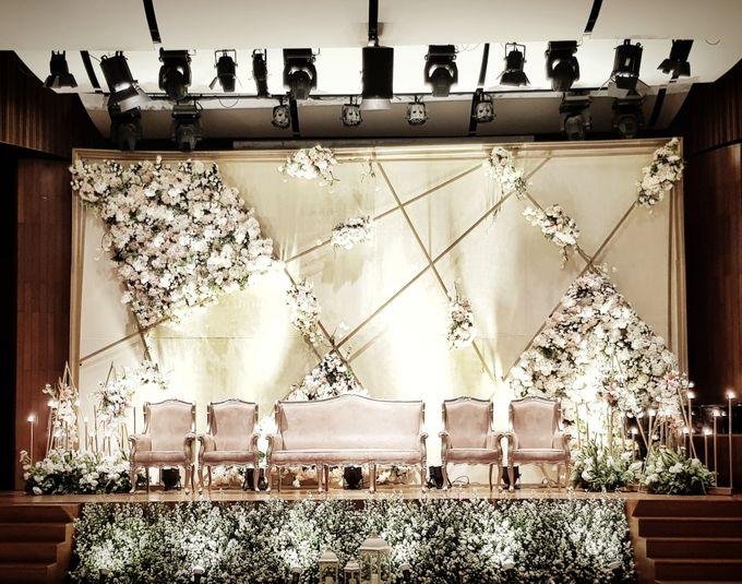 The Wedding Of Edwin And Caroline by Dream Decor - 003