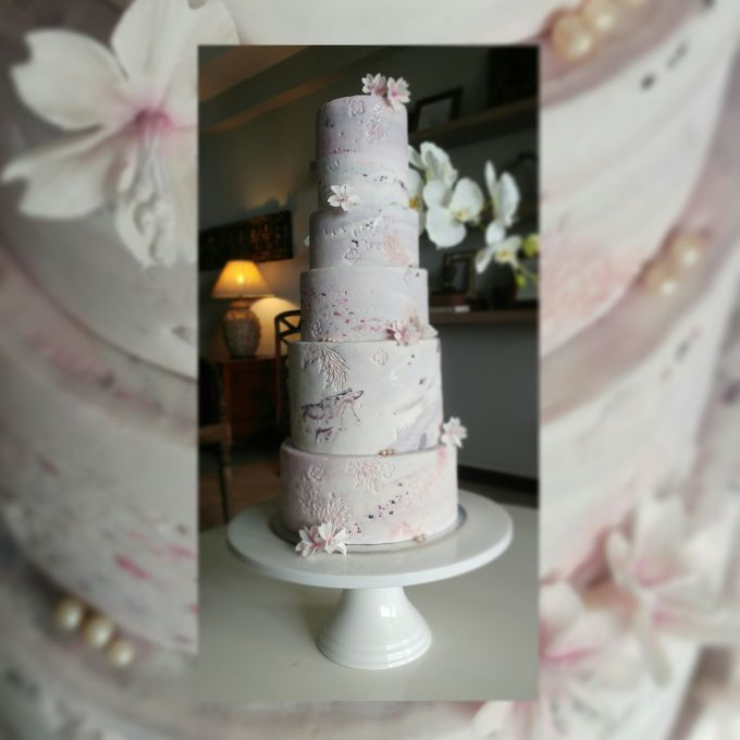 Single tier and multi tiered cakes by Baby Cakes - 041