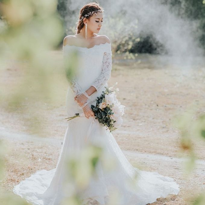 Gown Rental by Honey Wedding & Event Bali - 003