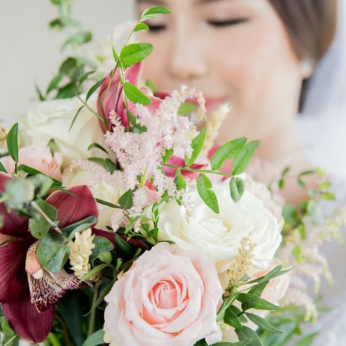 The Wedding of Ms. Michelle by Tiffany's Flower Room - 002