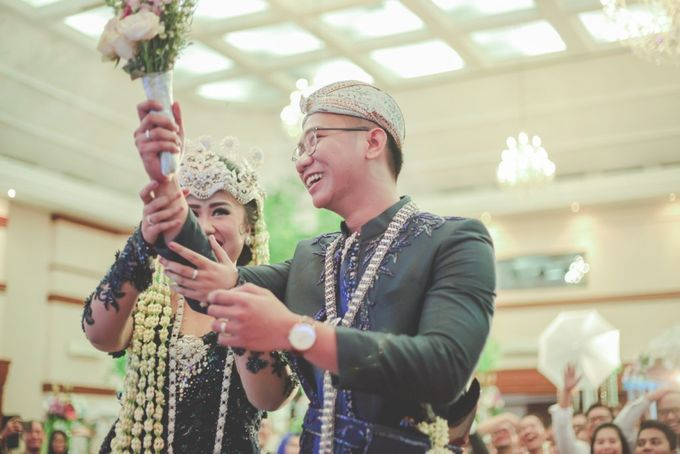 The Wedding by Nadhif Zhafran Photography - 033