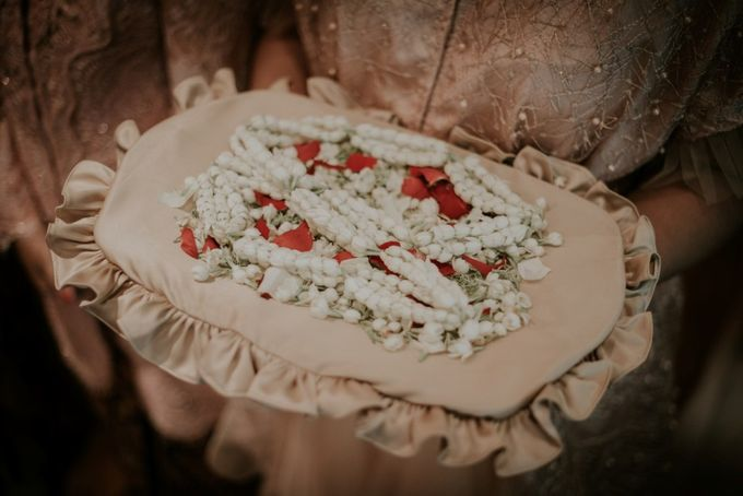 "From The wedding Of ""Giza & Randi"" by Nadhif Zhafran Photography - 027"