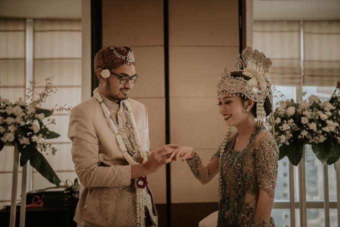 "From The wedding Of ""Giza & Randi"" by Nadhif Zhafran Photography - 032"