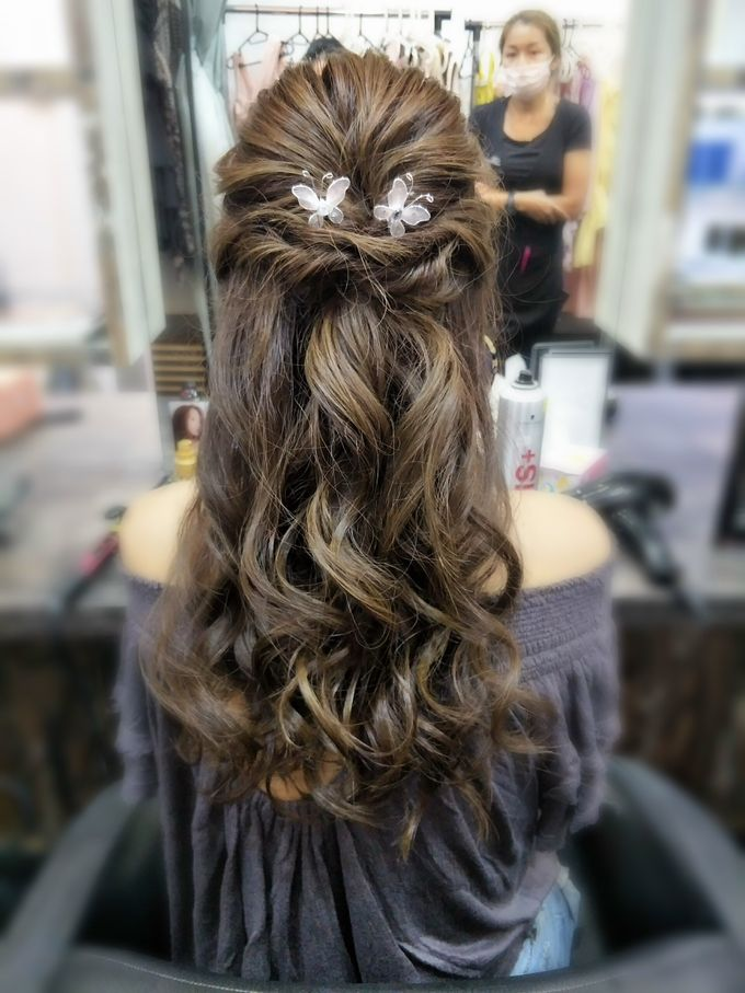 Hairstyling By Lili by Lili Makeup Specialist - 021