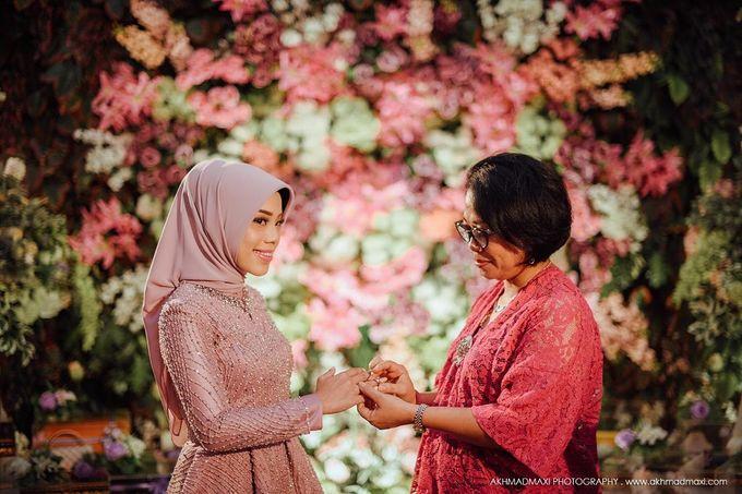 Windi Radit Engagement by Chandira Wedding Organizer - 001