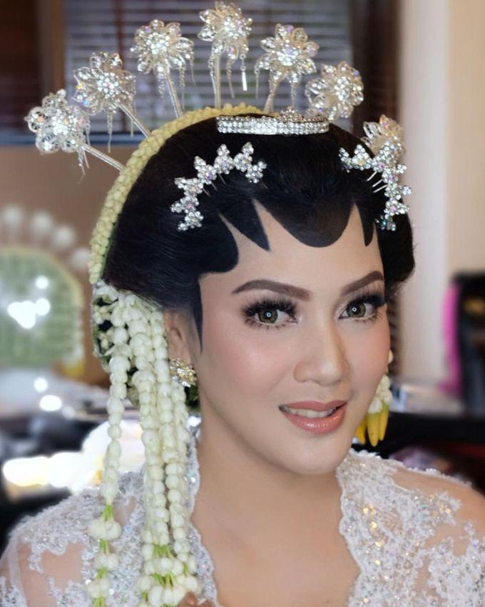 Makeup Pengantin Adat Jawa by Karen Shenna Makeup Artist - 003