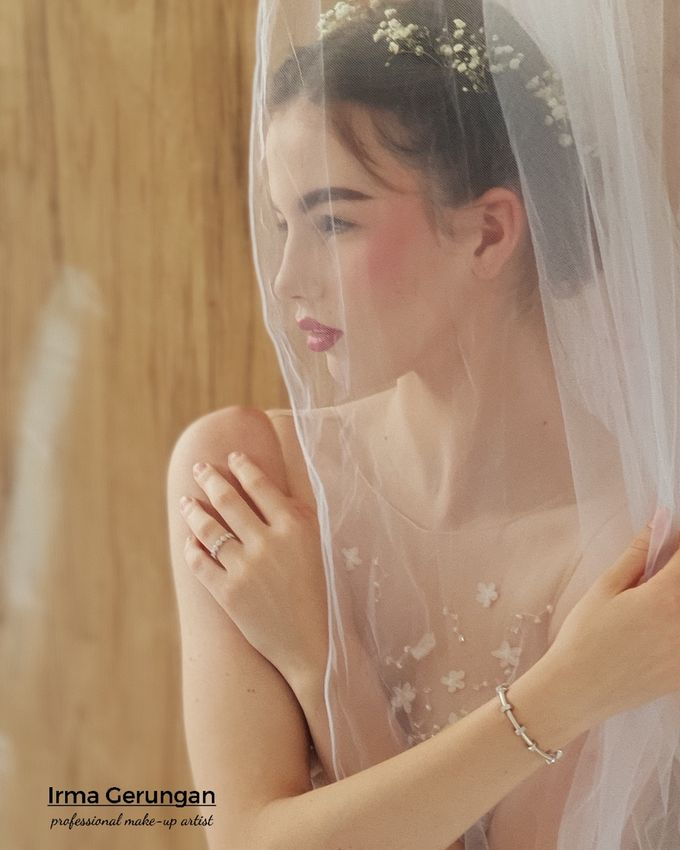 Photoshoots Makeup Portfolio by Irma Gerungan Makeup Artist - 012