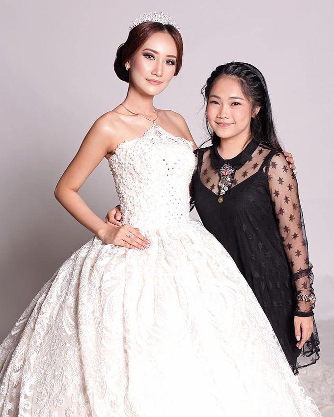 Bridal Fashion Show by Nadya Artamara Make Up Artist - 002