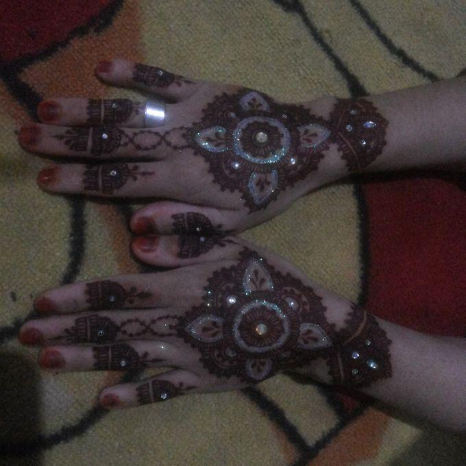Red Henna by Ikkie henna art - 005