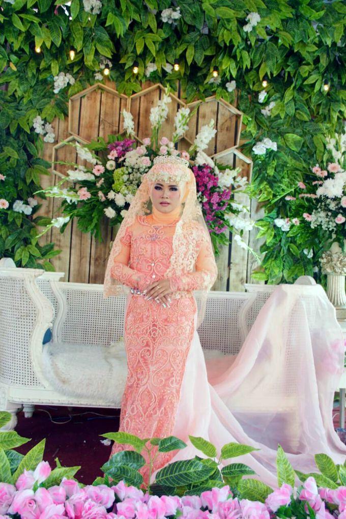 Wedding Moment by Gerbang Pictures - 001