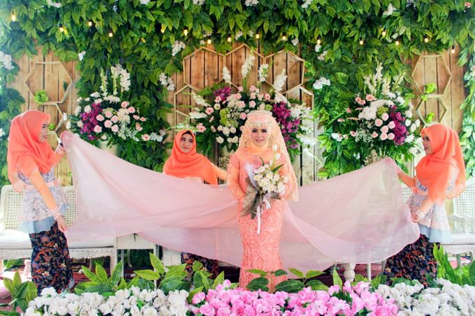 Wedding Moment by Gerbang Pictures - 006