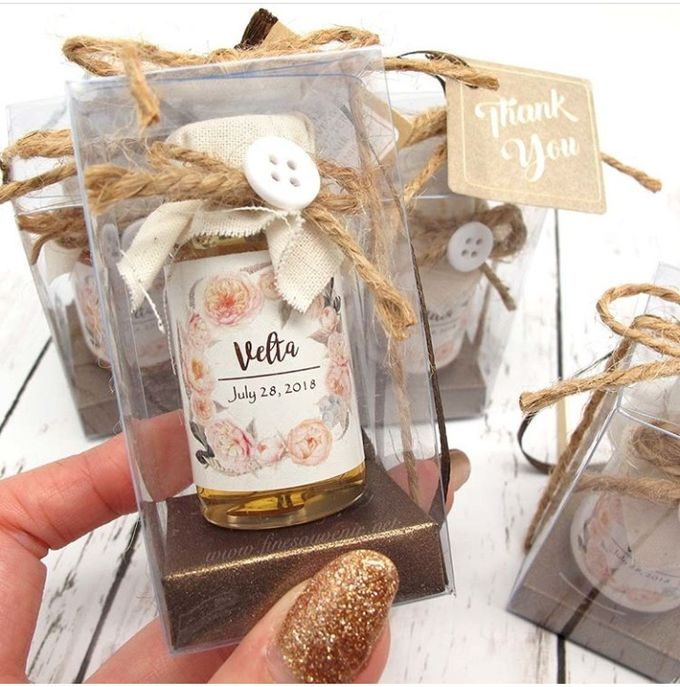 Honey & Clear Box+Personalised Label by Fine Souvenir - 001