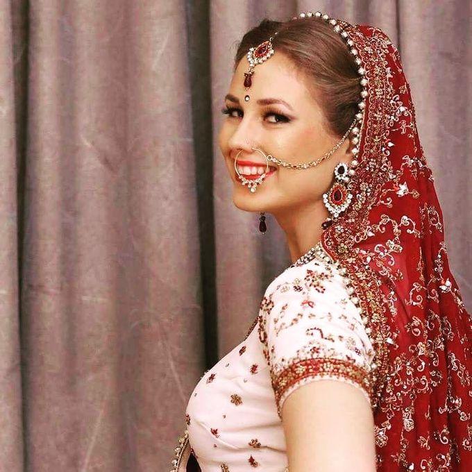 Bridal Makeup by Charites Professional Makeup - 021