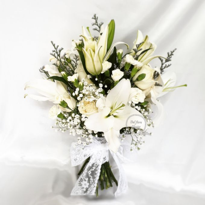 White Wedding Flower by Belfiore Florist - 002