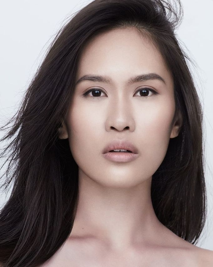 Hair And Makeup By Evelyn Liu by MAKEUP ENTOURAGE - 001