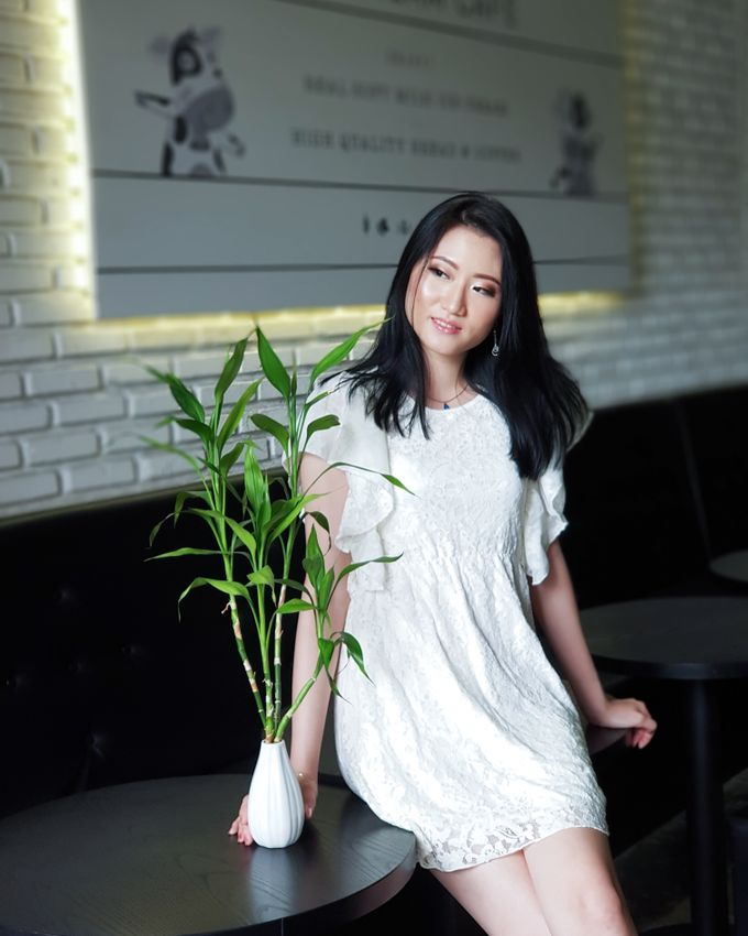 Photoshoot Makeup For Clothing Shop by Devina Martina Sulam Alis - 013