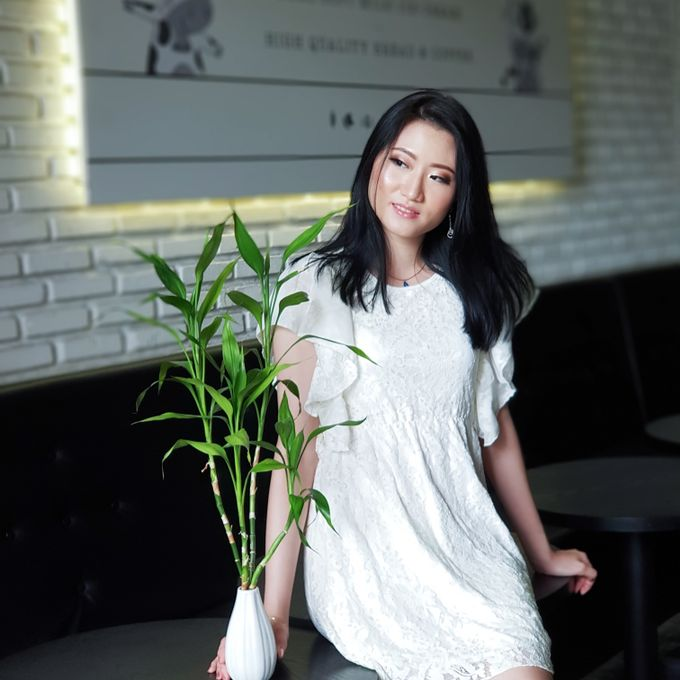 Photoshoot Makeup For Clothing Shop by Devina Martina Sulam Alis - 007