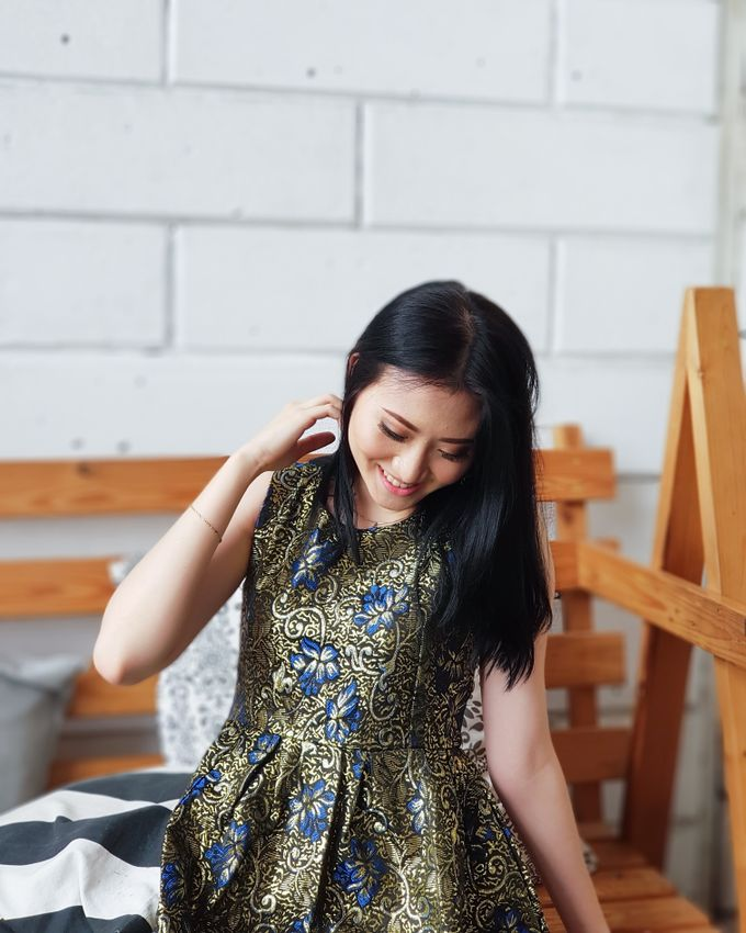 Photoshoot Makeup For Clothing Shop by Devina Martina Sulam Alis - 014
