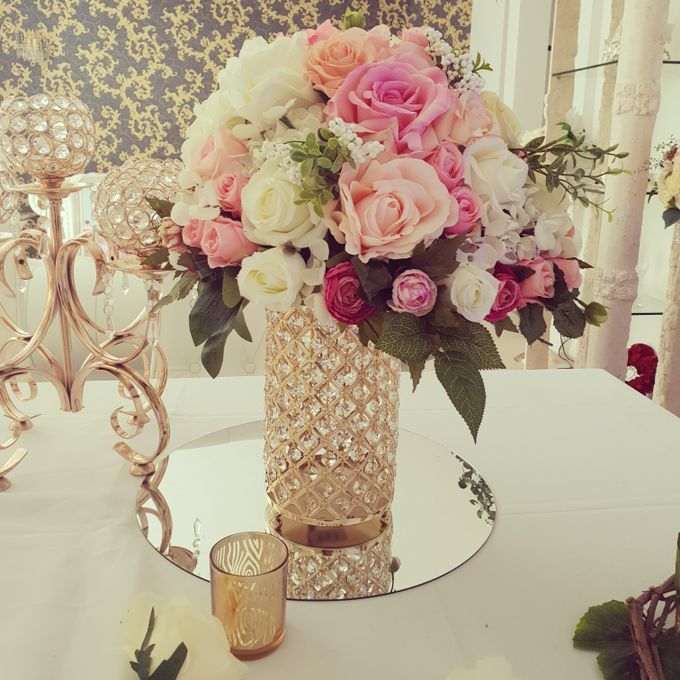 Flower Creations by ROYAL WEDDINGS & EVENTS - 016