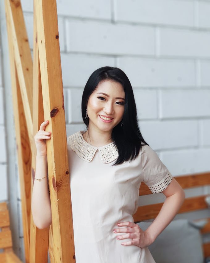 Photoshoot Makeup For Clothing Shop by Devina Martina Sulam Alis - 012