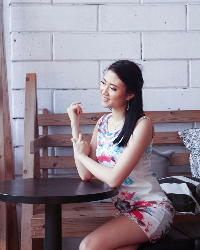 Photoshoot Makeup For Clothing Shop by Devina Martina Sulam Alis - 005
