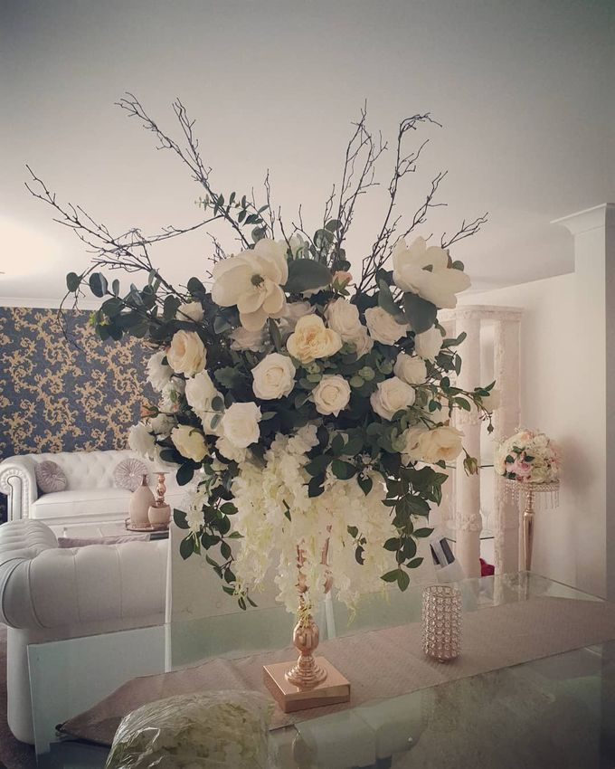 Flower Creations by ROYAL WEDDINGS & EVENTS - 007