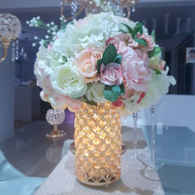 Flower Creations by ROYAL WEDDINGS & EVENTS - 006