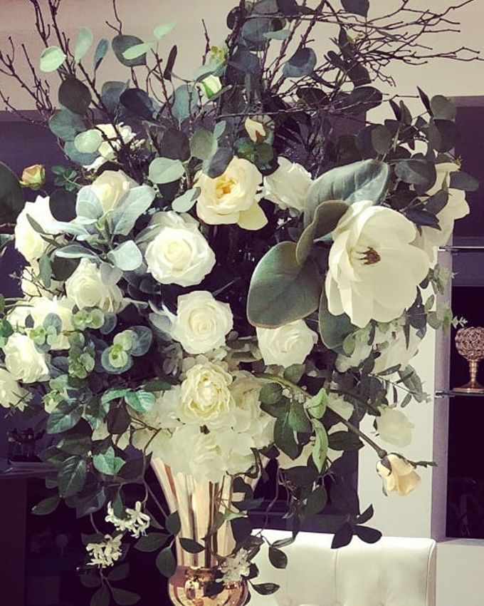 Flower Creations by ROYAL WEDDINGS & EVENTS - 003