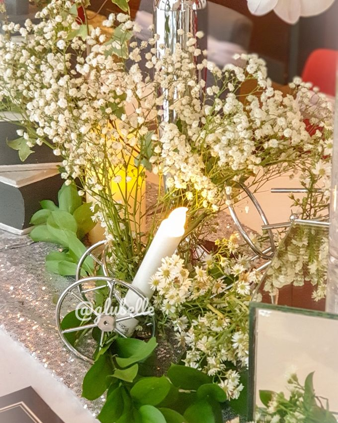 Fresh Flowers Table Decor by GLUBELLE - 006