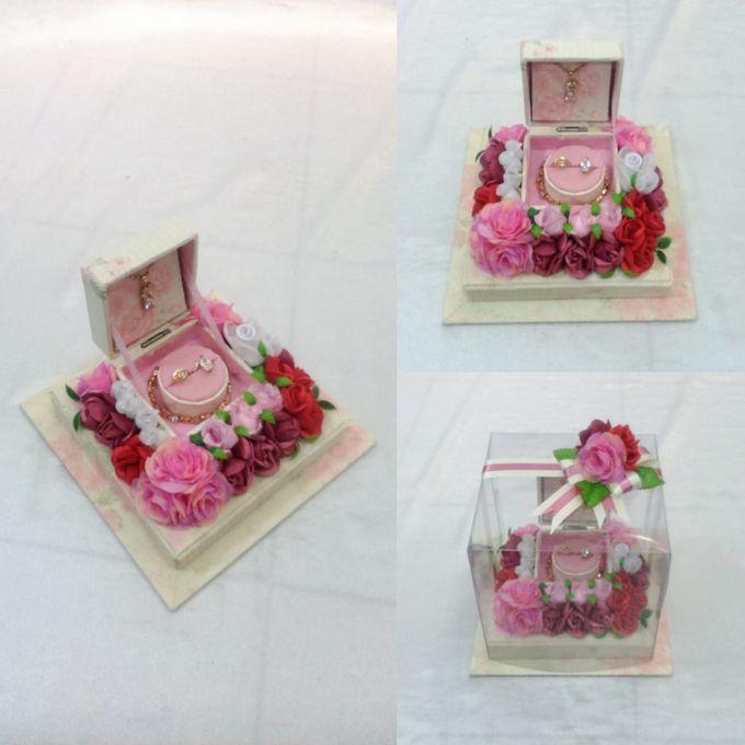 Kotak Perhiasan Kecil by Rieens Box N' Craft - 004