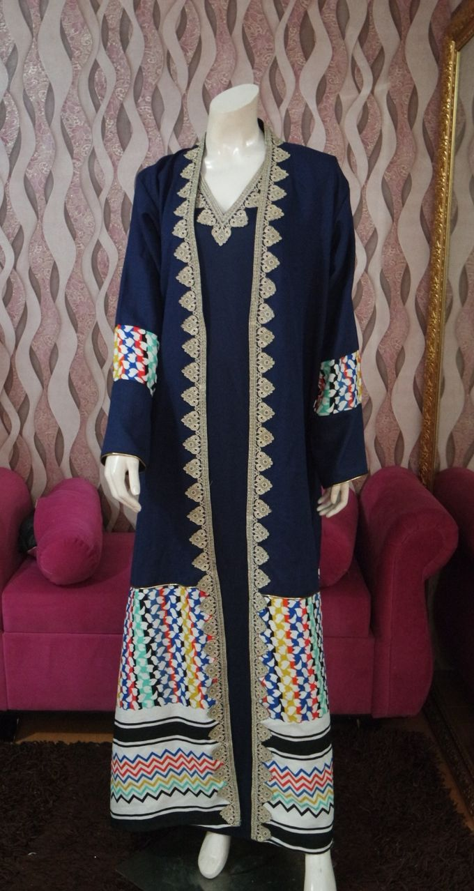 Gown Muslim by Leny Rafael Bride - 012