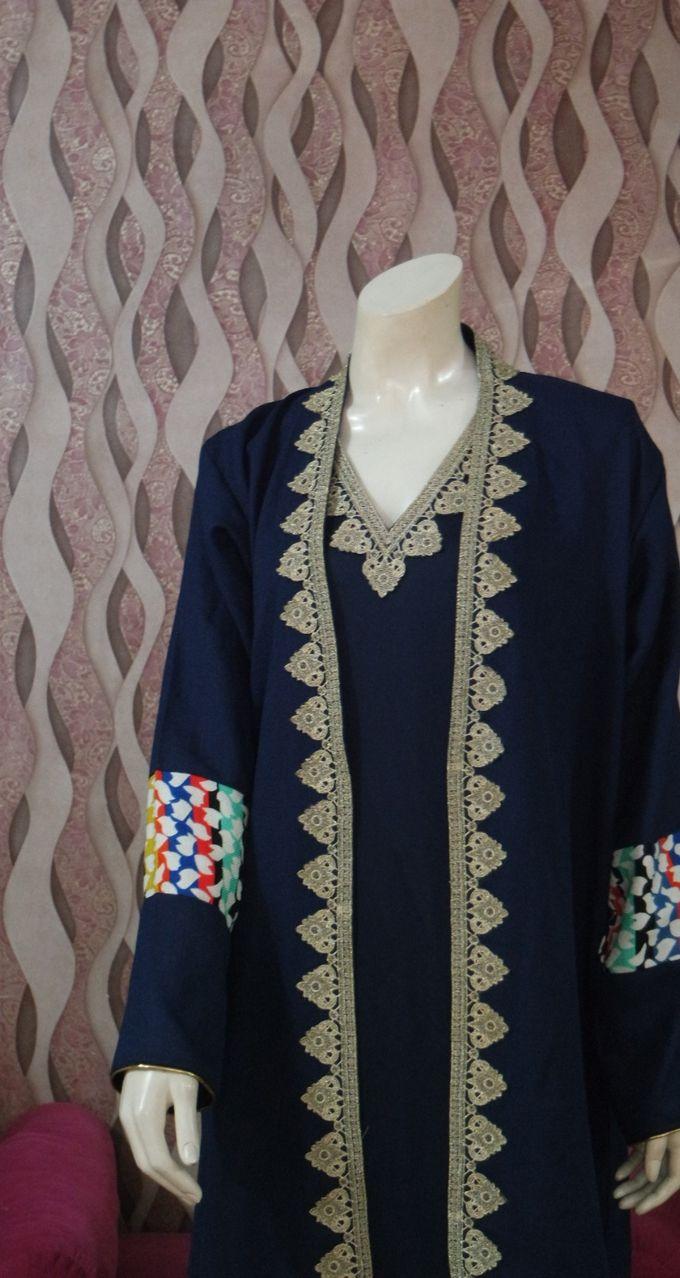 Gown Muslim by Leny Rafael Bride - 008