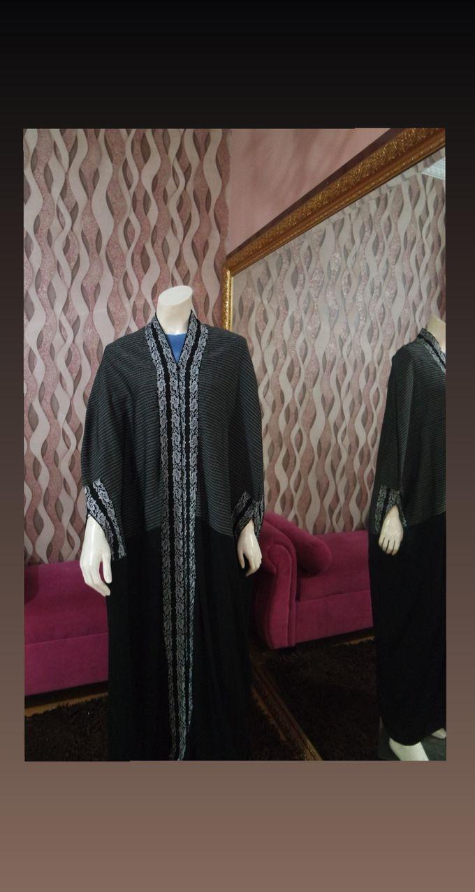 Gown Muslim by Leny Rafael Bride - 009