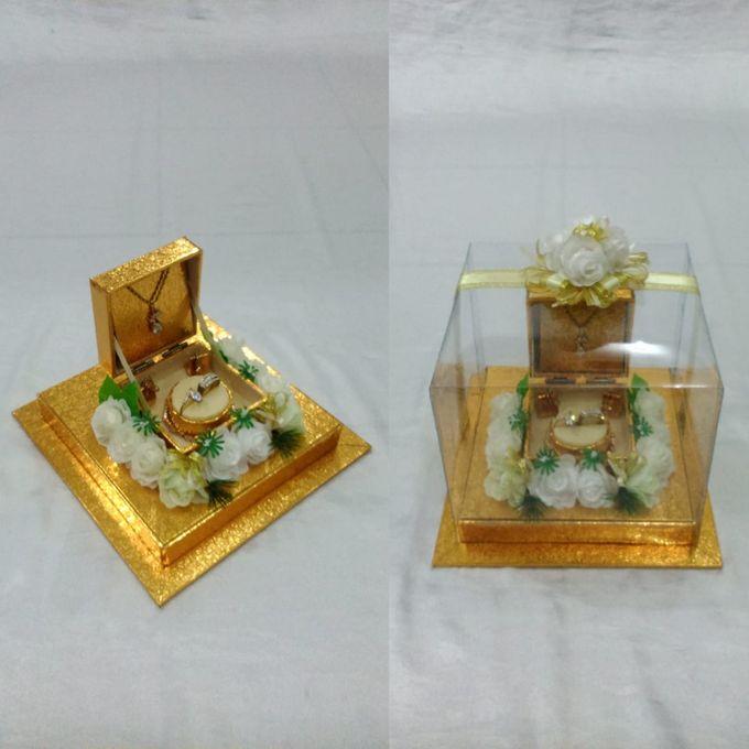 Kotak Perhiasan Kecil by Rieens Box N' Craft - 005