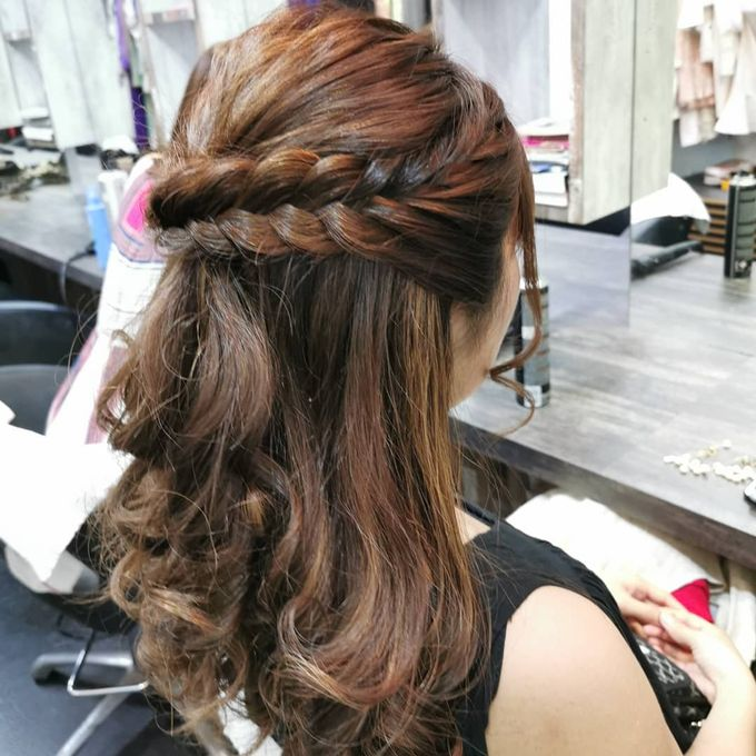 Hairstyling By Lili by Lili Makeup Specialist - 039