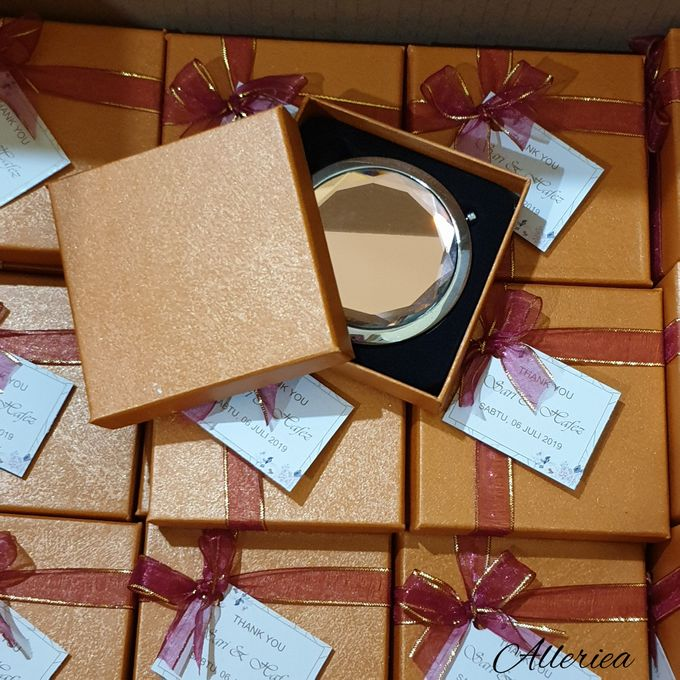 Sisir Kaca Premium by Alleriea Wedding Gifts - 007