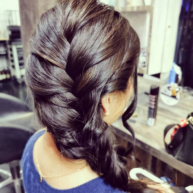 Hairstyling By Lili by Lili Makeup Specialist - 033