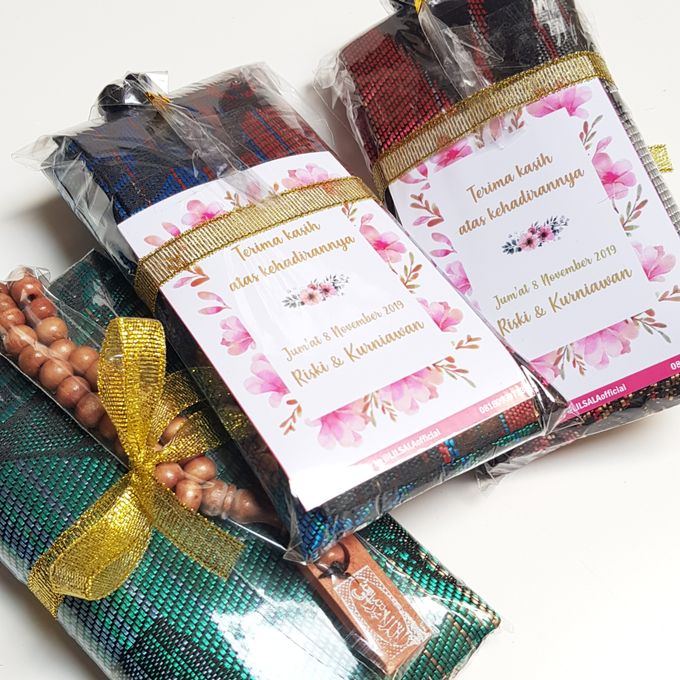 Wedding Souvenir with Customized Card by LILSALA - 002