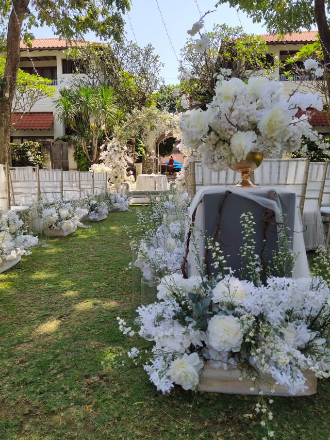 Ceremony and Dinner Garden party of Hamish & Eva Wedding by Sudamala Resorts - 002