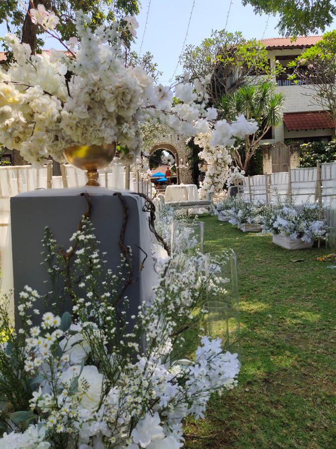 Ceremony and Dinner Garden party of Hamish & Eva Wedding by Sudamala Resorts - 003