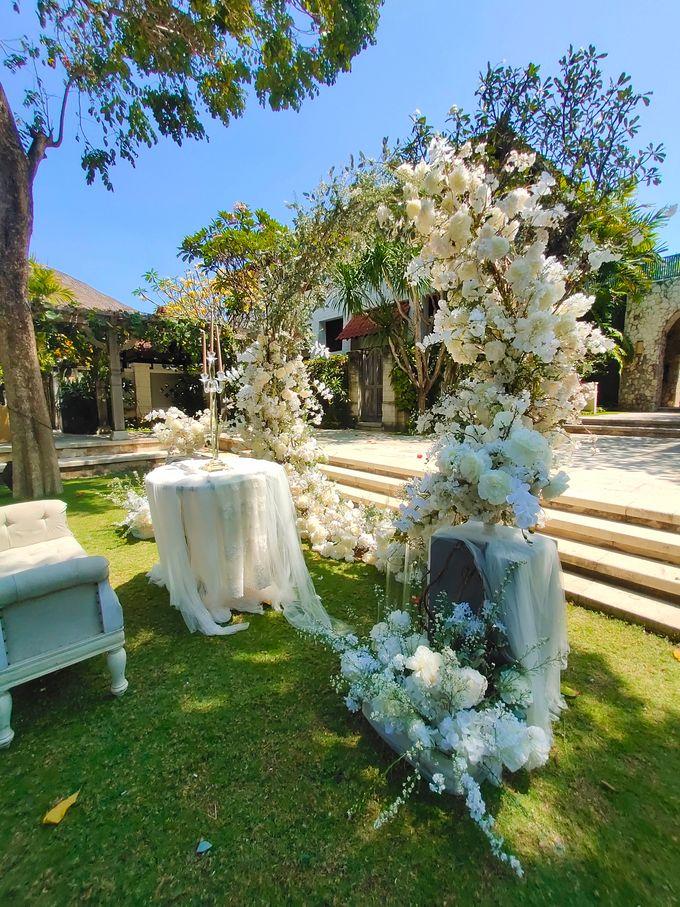 Ceremony and Dinner Garden party of Hamish & Eva Wedding by Sudamala Resorts - 007