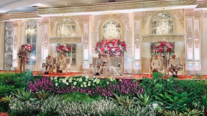 Ayu & Turas Wedding by HENRY BRILLIANTO - 002