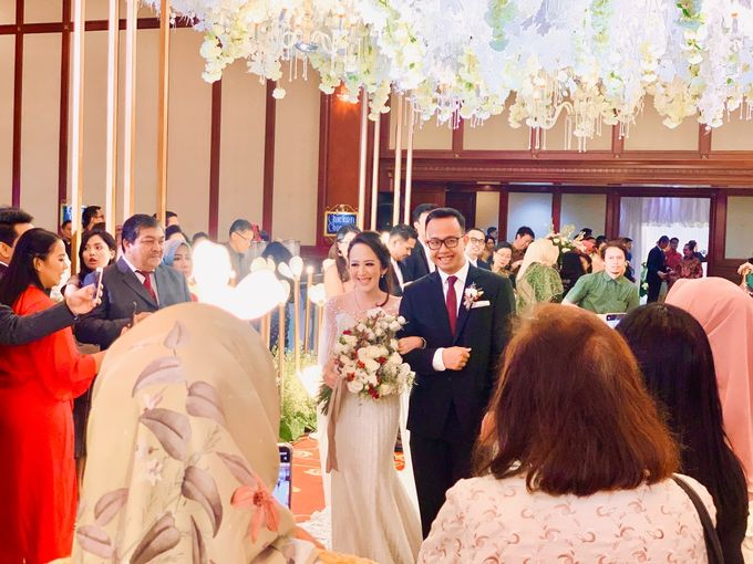 Theresia & Evan Tagor Wedding by HENRY BRILLIANTO - 003