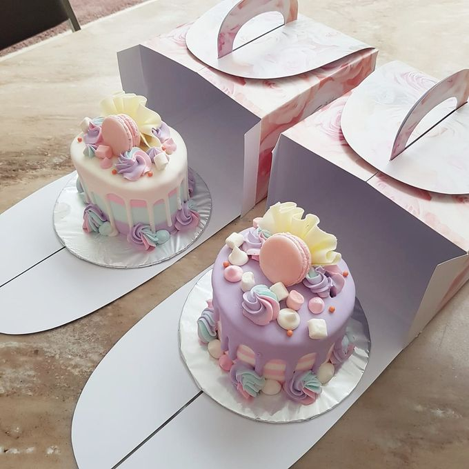 Custom Wedding Cake by Bloomscake Wedding - 015