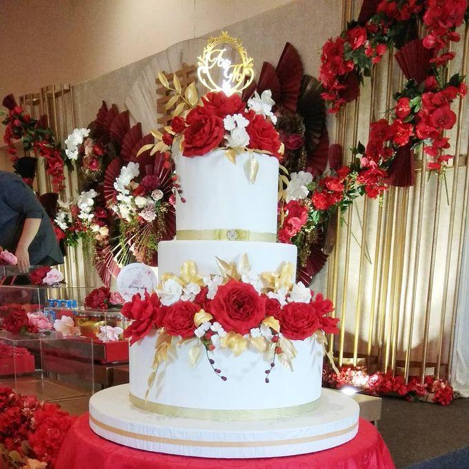 Custom Wedding Cake by Bloomscake Wedding - 018